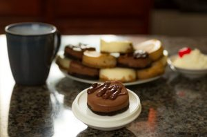 Izzy's Cheesecakes- Mini cheesecakes
